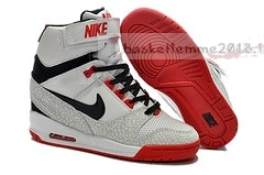 Nike Air Revolution Sky Femme High Wedge Sneakers Blanc Noir Rouge (599410-010) Chaussure de Basket