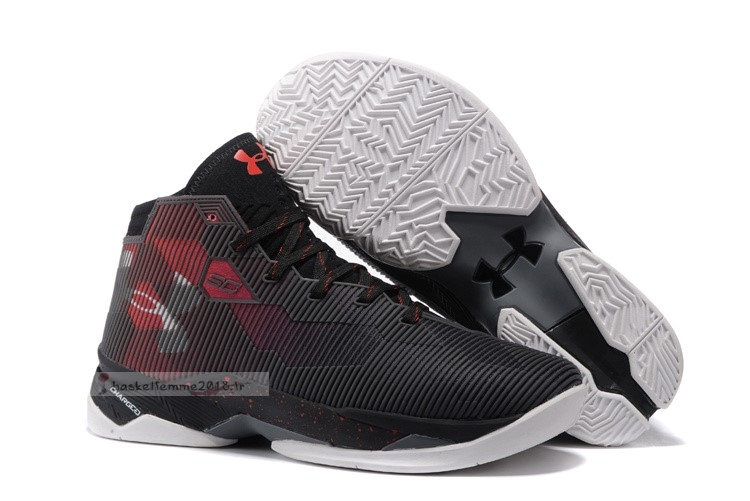 Under Armour Curry 2.5 Noir Rouge Chaussure de Basket