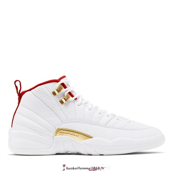 "Air Jordan 12 Retro (GS) ""Fiba"" 2019 Blanc (153265-107) Chaussure de Basket"