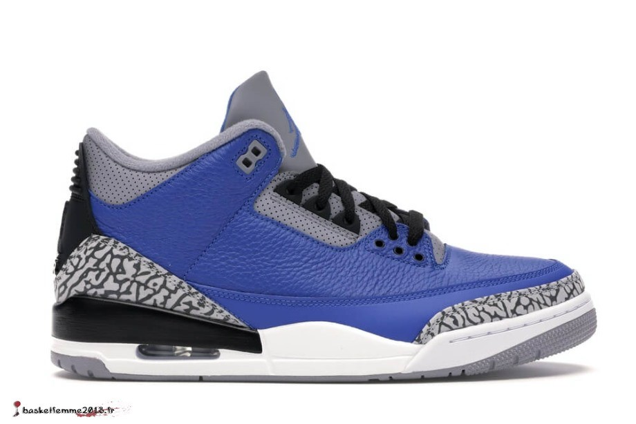 "Air Jordan 3 Retro ""Université Royal"" Ciment (CT8532-400) Chaussure de Basket"