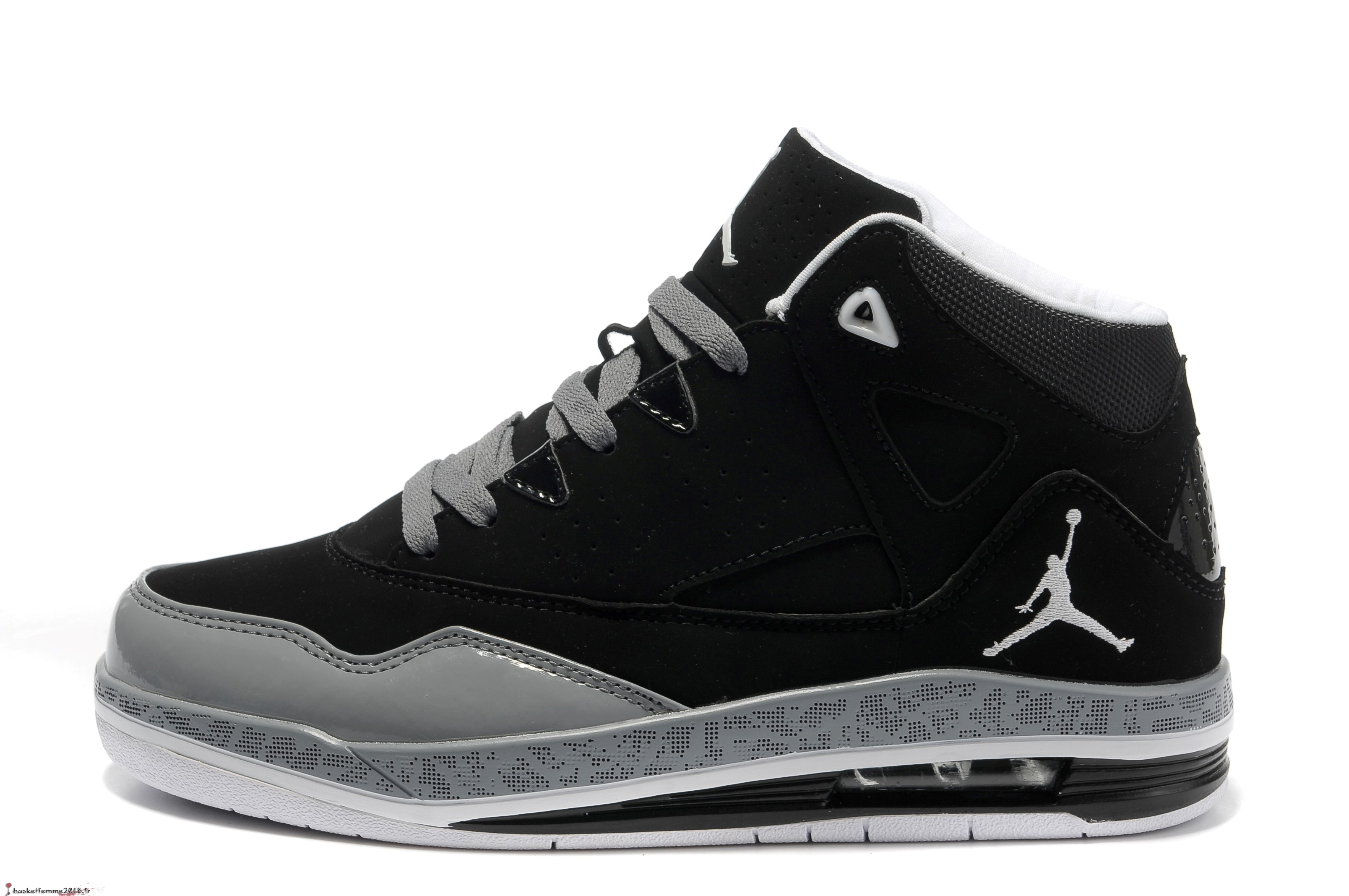 detailed look 58049 a4947 ... germany air jordan jumpman team 2 gs homme noir blanc chaussure de  basket 879d0 d5c86
