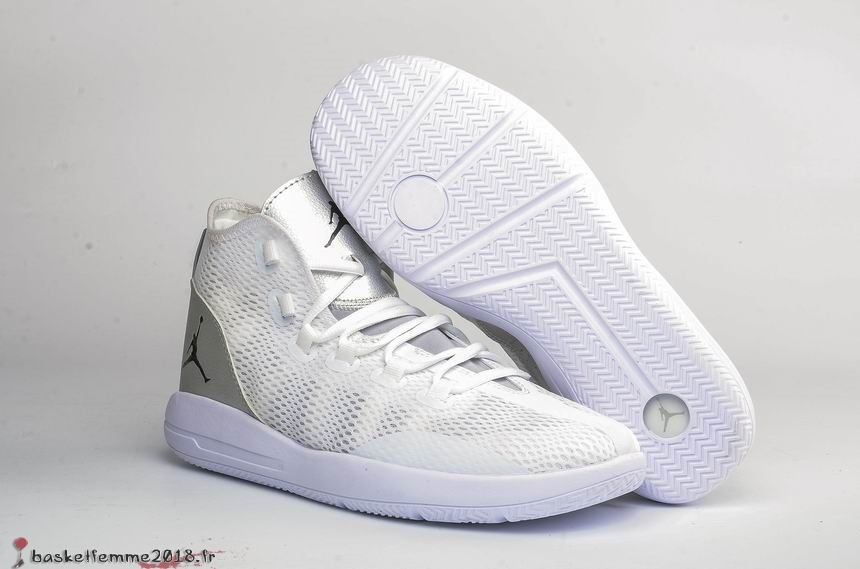 Air Jordan Reveal Homme Blanc Chaussure de Basket